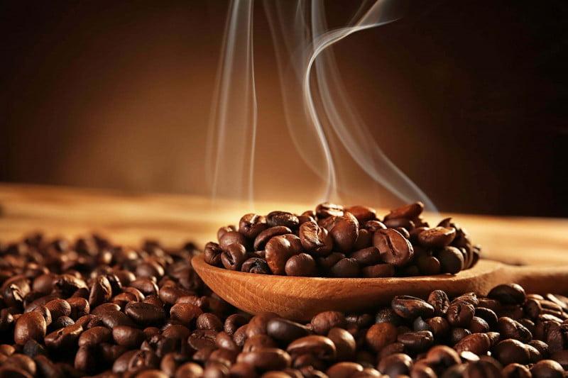 Czy kawa może się zepsuć? Odpowiadamy na pytanie